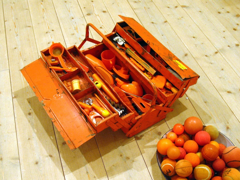 The carrot farmer's toolbox, Flickr, CC, by Vilseskogen