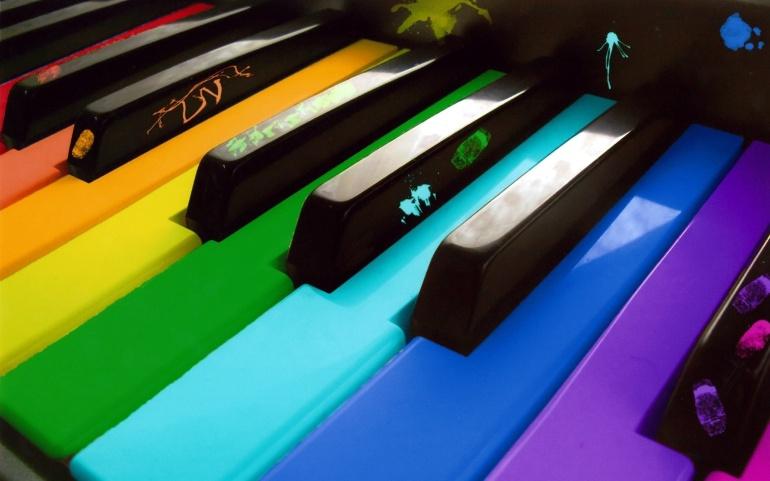 rainbow_piano-1920x12001