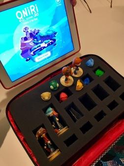 Oniri. Le jeu vidéo avec figurines